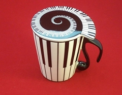Ceramic Coffee/Tea Mug With Lid Piano Keys Design